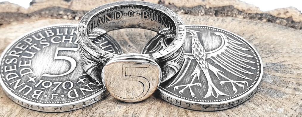 Münzring aus 5 DM Silbermünze mit Ringplatte