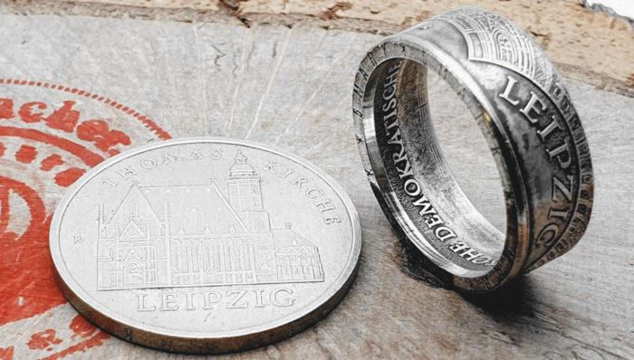 Ring aus original 5 Mark Münze (DDR) Leipzig / personalisierbar