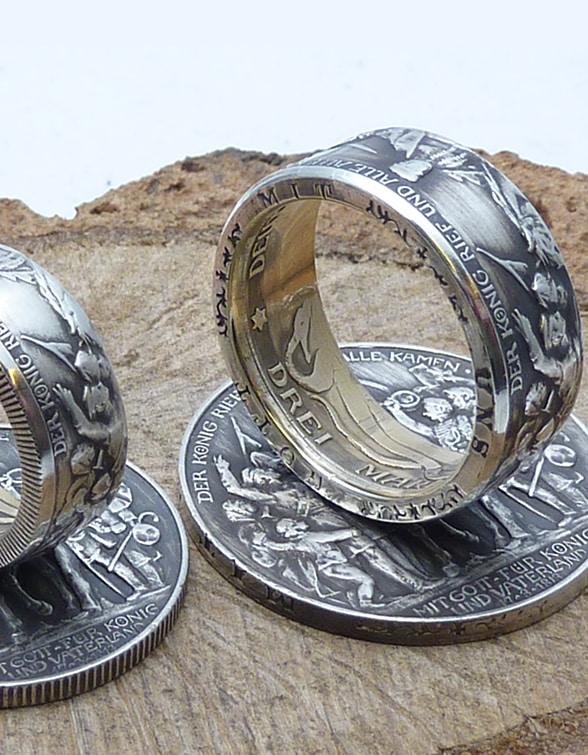 Bild: Ring aus einer Münze - Münzenring