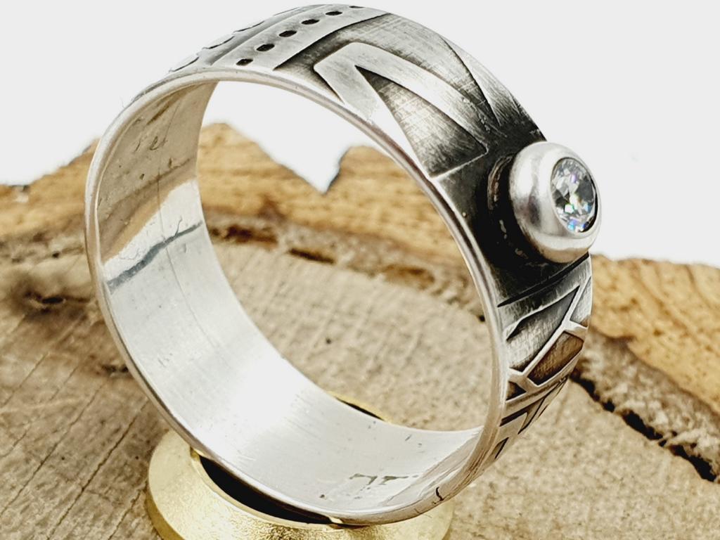 925er Silberring mit Zirkonia / personalisierbar