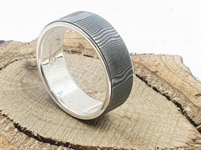 Damaszener Stahl Ring kombiniert mit massivem Silber_ personalisierbar
