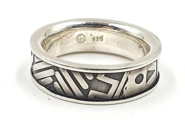 Silberring mit Prägung und personalisierter Gravur