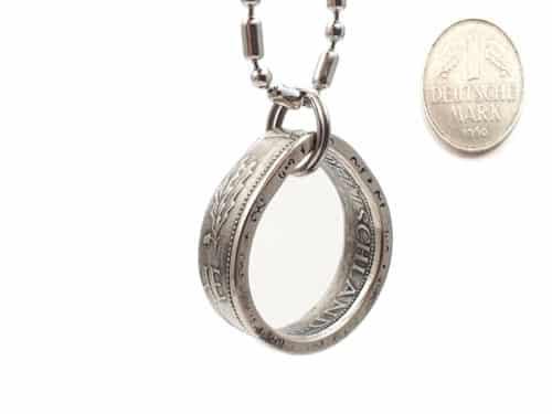 Tropfenanhänger aus original 1 DM Münze mit Wunschjahrgang